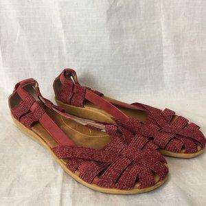Olukai ulana sandals size 9